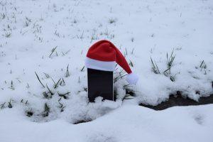 Handy im Schnee