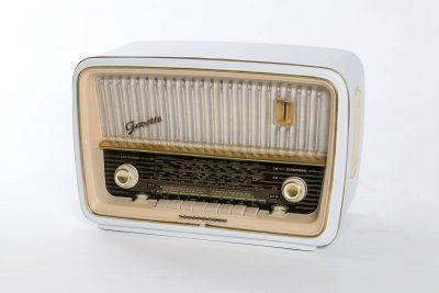 Smart Röhrenradio Telefunken Gavotte 1153