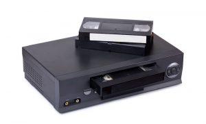 VHS-Recorder mit VHS-Kassetten