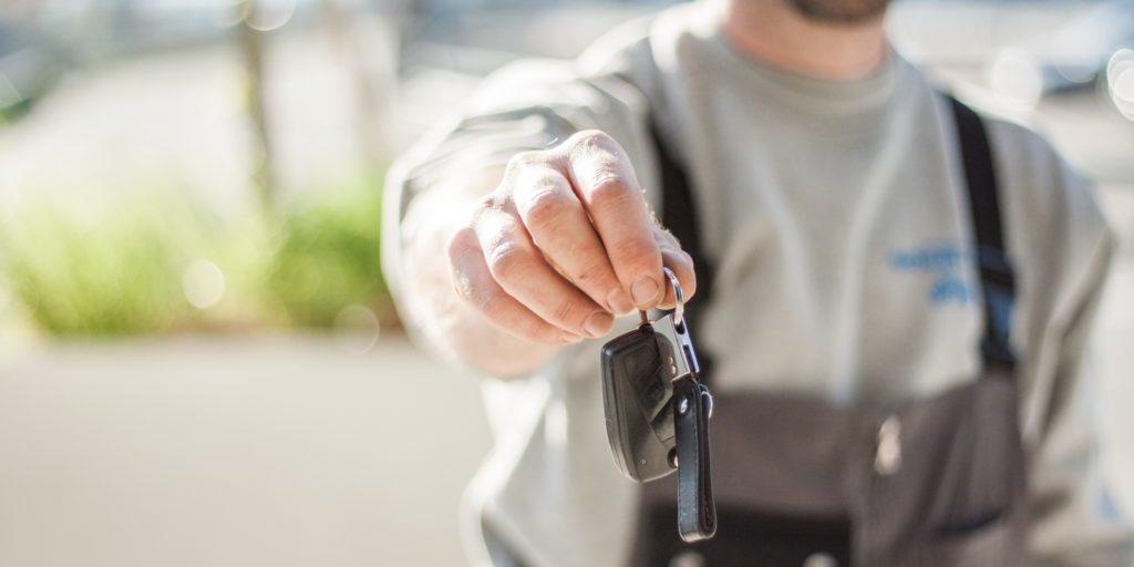 Übergabe Autoschlüssel