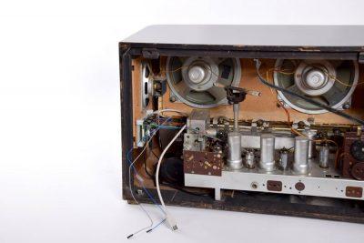Röhrenradio Aufbereitung und Restauration